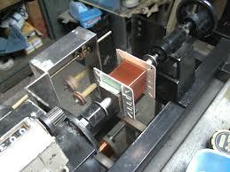 Maquina para hacer bobinas de transformadores pequeños